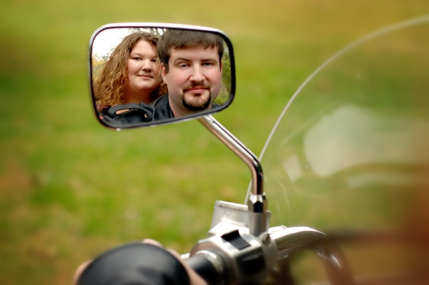 Engagement photos_reflection of love