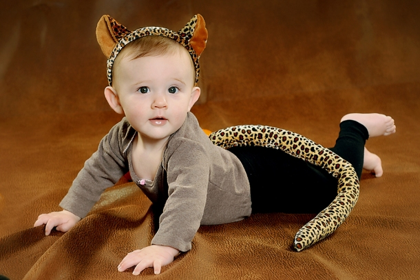 baby pictures - 6 months in halloween costume