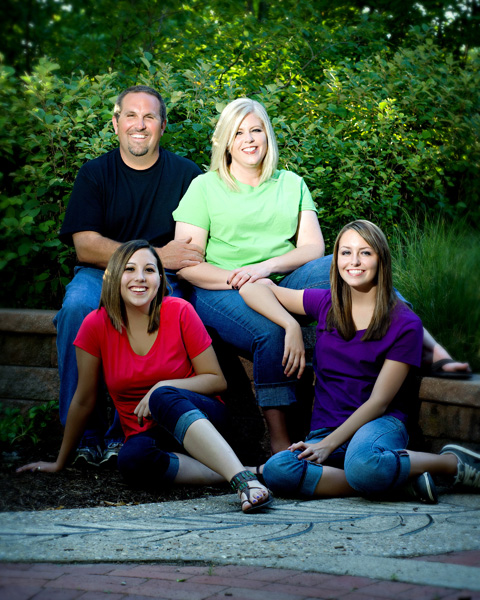 Family portraits by Laura Trovillion Photography
