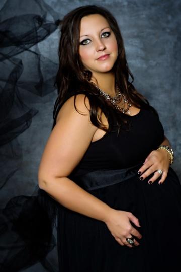 glam maternity photography