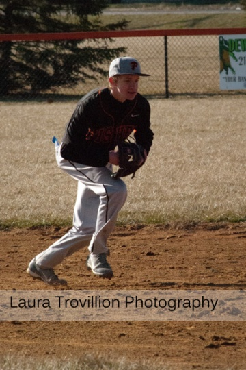 Baseball action photos by Laura Trovillion Photography