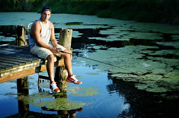 Senior picture _boy fishing